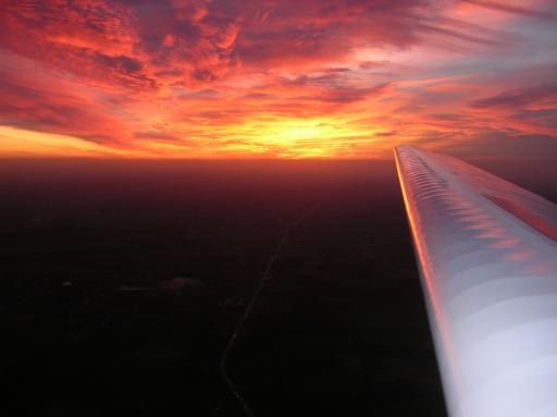 33  Sunsetflight met de Falke