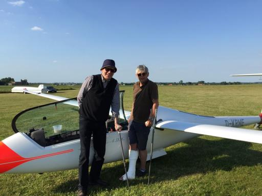 19  Gliding Brothers