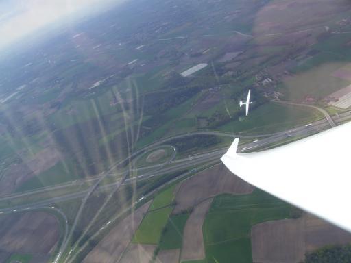 64  TST 14 samen met de TWIN boven Nederland