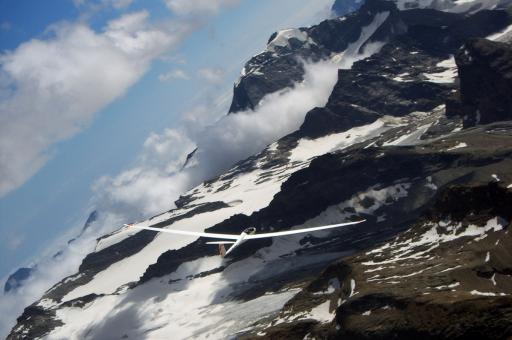 67  Nimbus 4D op weg naar Aosta