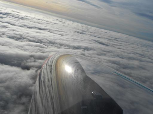 54  Wolkenvlucht boven St Truiden