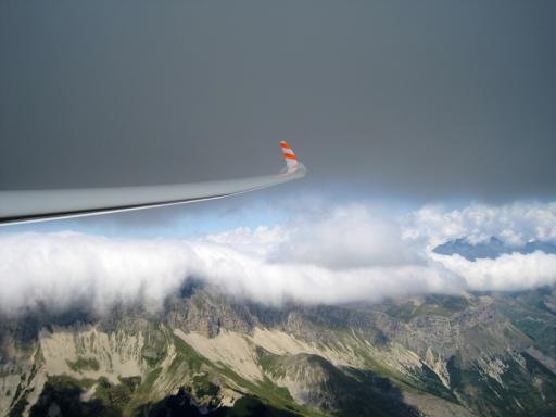 31  De klievende vleugel en de rollende wolk