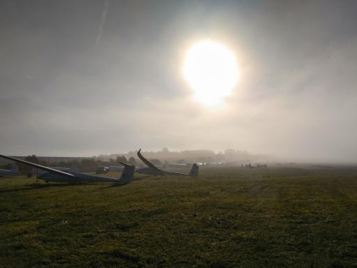 01  Opbouwen in de mist, Hugo Jansen