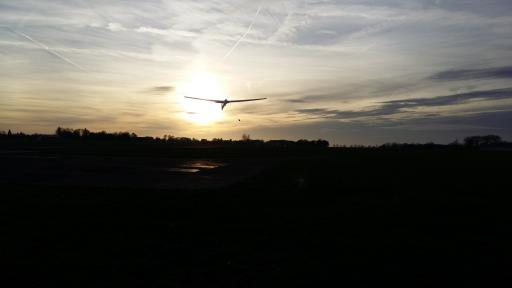 04  Sunset take off